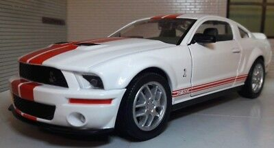 Ford Mustang 2007 GT Coupe Shelby Cobra GT500 1:24 Scale Model Car
