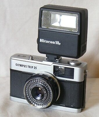 Olympus Trip 35 film camera working perfectly near mint cond comes with flash
