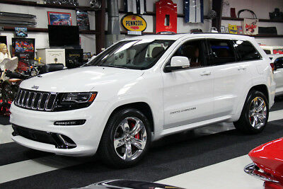 2015 Jeep Grand Cherokee GRAND CHEROKEE SRT8 6.4L HEMI 8-SPEED AUTO NAV 12K MILES CLEAN CARFAX, WHITE/BROWN, PANO ROOF, SRT AUDIO, CHROME WHEELS, 6.4L