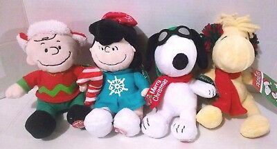Peanuts Set Of 4 Musical Plush Christmas Toy Charlie Brown Snoopy Woodstock Lucy