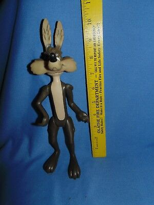 "Vintage 1970s Dakin Warner Bros. Looney Tunes WILE E. COYOTE Poseable 10"" Figure"