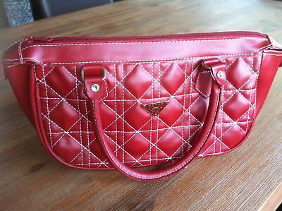 Funky Red Betty Boop Quilted Women`s Buffle Bag Handbag