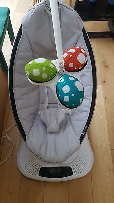 4moms mamaroo baby rocker soother. Amazing gadget. excellent condition.
