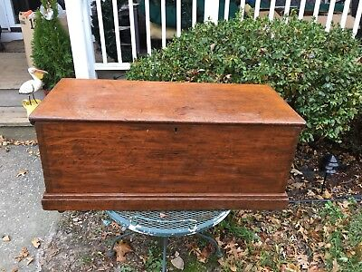 Antique Oak Wooden Hope Chest On Wheels Free Ship