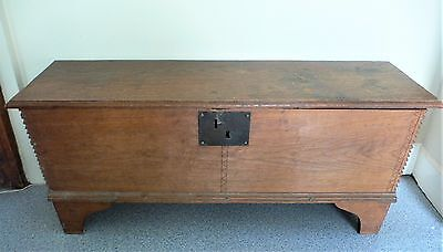 Antique Trunk Chest Blanket box 18th Century Oak Six Plank chest primitive