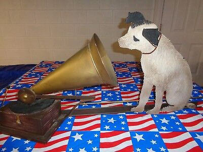 RCA VICTOR HIS MASTERS VOICE Metal sign. NIPPER THE DOG