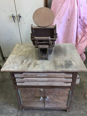 Kelsey Excelsior 5x8 Model U with cabinet and letters