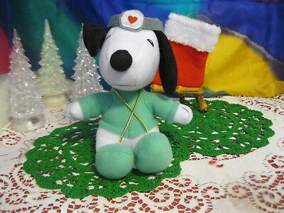 """Dr. SNOOPY  RUSSELL STOVER CANDIES STUFFED ANIMAL PROMO TOY PLUSH 7"""" FIGURE"""