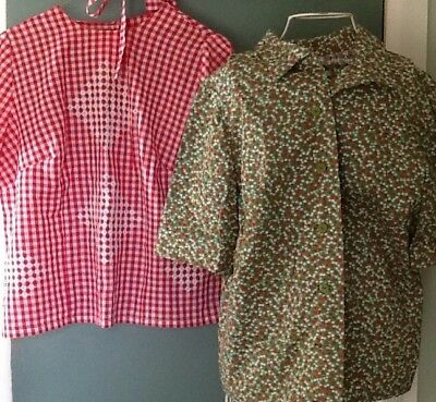 VINTAGE WOMENS COTTON HOMEMADE Christmas HOLIDAY BLOUSES. (2)
