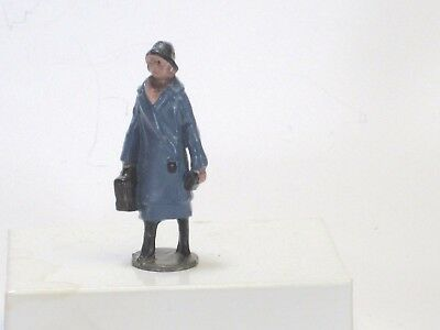 Britains scale vintage lead toy train figure pre war woman passen O gauge Lionel