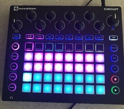 Novation Circuit Groove Box, Synthesizer & Drum Machine