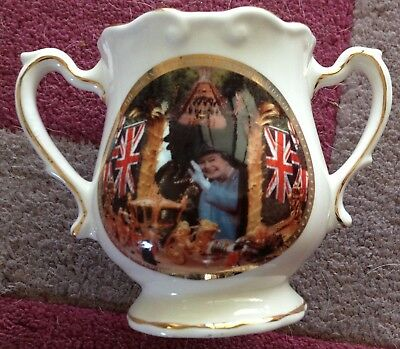 2003 China  commemorative Loving Cup 50th anniversary of the Coronation of QE 2