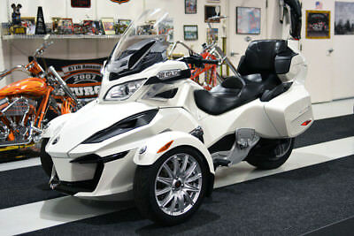 2014 Can-Am SPYDER RT UPGRADED LCD GAUGES LOW MILES  12k MILES, PEARL WHITE, RT SE-6, UPGRADED LCD GAUGES, SERVICED, FUN, READY TO GO