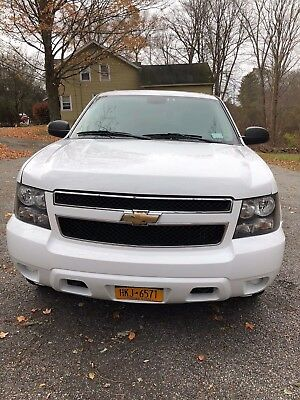 2009 Chevrolet Tahoe  2009 Chevy Tahoe White 135k Miles GREAT CONDITION
