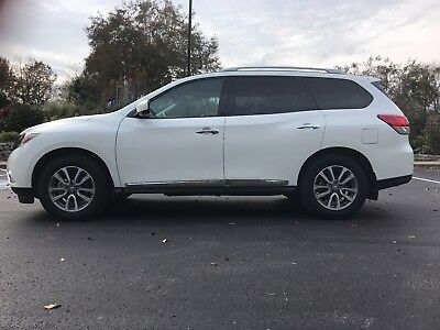 2016 Nissan Pathfinder SL 2016 Nissan Pathfinder SL-Perfect Condition-Includes Extended Warranty