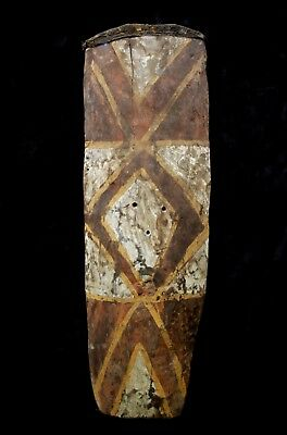 Old and Used Painted Fighting Shield - Western Highlands PNG 1970's