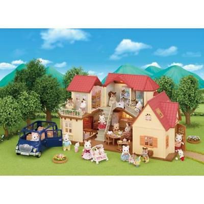 Sylvanian Families Beechwood Hall & Cosy Cottage Gift Set Kids Playset 50 Piece