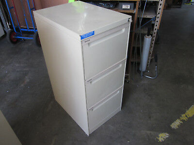 Secondhand Brownbuilt Lockable 3 Drawer Filing Cabinet in Beige with a key