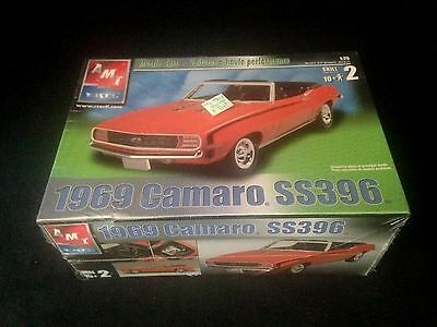 amt/ ertl 1:25 scale 1969 camaro convertible ss396 american muscle car kit mint
