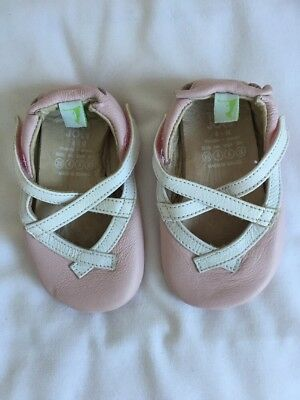 Girls Tip Toey Joey Shoes Size 20