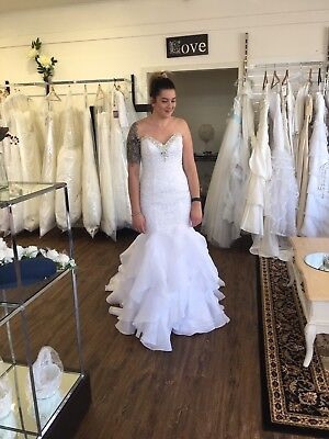 NEW Alfred Angelo Wedding Dress