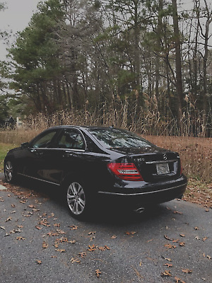 2013 Mercedes-Benz C-Class Luxury 2013 Mercedes-Benz C300 4MATIC Luxury Sedan