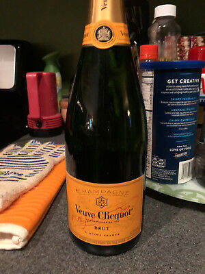 Veuve Clicquot Brut 750mm French champagne
