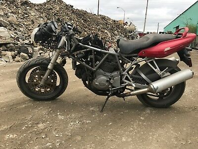 2005 Ducati Superbike  DUCATI 800 SUPERSPORT 2005, PARTS OR REBUILD BIKE, $950