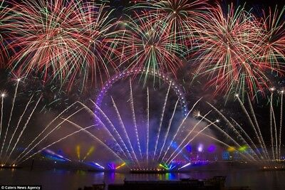 6 x London New Year's Eve  Fireworks Tickets (6 Wristbands) Green Area