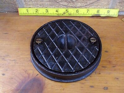 Vintage Cast Iron Stop Cock. Round Cover Plate Lid. Driveway/Garden. LE12 or POS