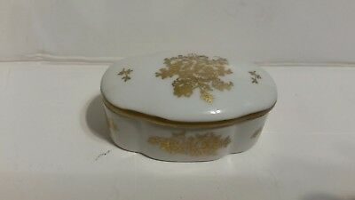 Decorative Vintage Porcelain Jewelry Casket Hand Painted Made in France.