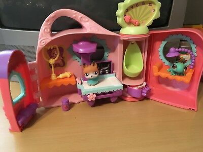 Littlest Pet Shop Get Better Center Hospital Complete Playset with #112 and #111