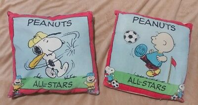 (2) Vintage Snoopy peanuts and charlie brown All-Stars pillows Throw size UFS