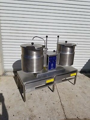 Cleveland TKET-12-T Dual 12 Gallon Twin Steam Jacketed Electric Kettle w/ Stand