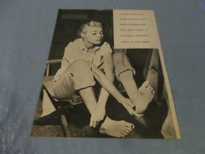 Barefoot Janet Leigh  vintage  clipping  #813
