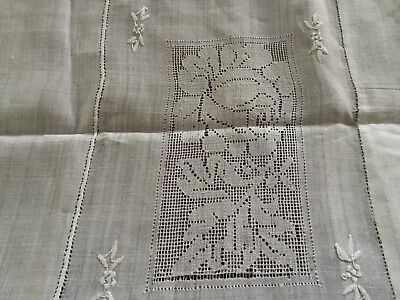 """ANTIQUE VINTAGE LINEN CROCHETED & EMBROIDERED TABLE CLOTH 51"""" x 49"""" CRISP WHITE"""