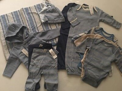Old Navy Baby Boy Layette Blue Blanket Gown Hats Pants Bodysuit Size 0-3 Months