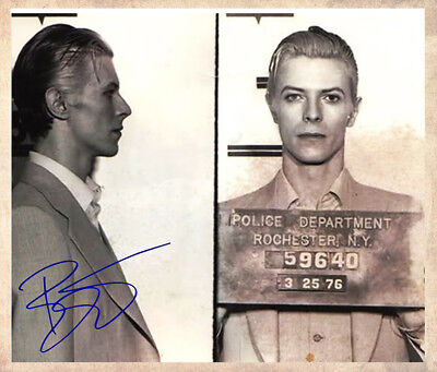 DAVID BOWIE MUGSHOT 1976 Rochester, NY Police Photograph Autographed 8x10 RP
