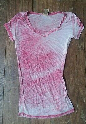 Well Worn Los Angeles Sheer Red White Tie Dye V-Neck Knit Top T-Shirt Soft XS