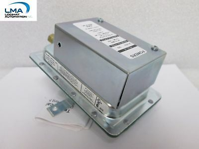 Siemens Powers 141-0574 Air Flow Pressure Switch 125-277Vac Staefa ***New In Box