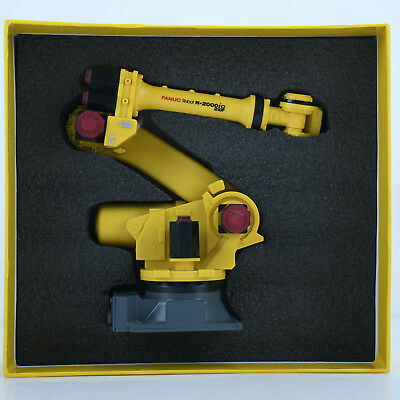 Fanuc R-2000iC Robot Model Manipulator Arm Model Vertical Multiple-joint R2000iC