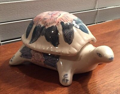 Ceramic Turtle Made In China with Floral Design And A Detachable Lid
