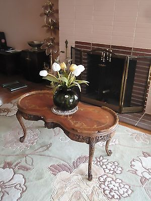 """Antique QUEEN ANNE STYLE  Wood Carved Coffee End Table 19""""H - Local PickUp"""
