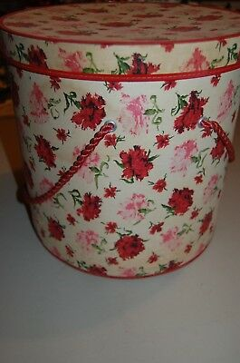 Vintage 1960s Hat Box Rose Print Artiste in Accessories Kerk Guild, Inc