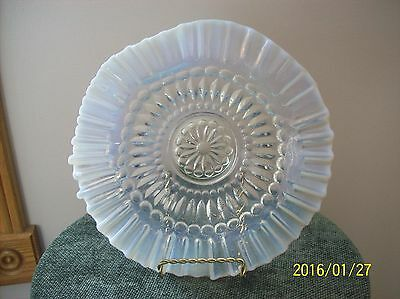 Jefferson Glass French White Antique Ruffled Crimped Barbell Brides Bowl