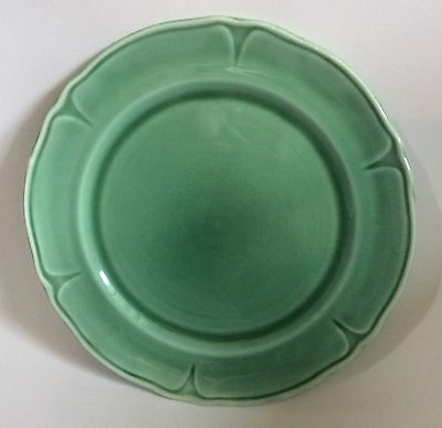 """Mount Clemens Pottery Green Petal pattern, in green. Salad Size: 9"""""""