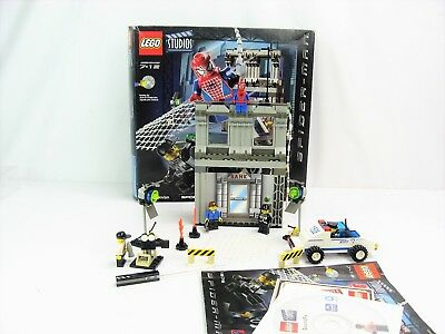 LEGO 1376 Spider-Man Action Studio- 5 Minifigures- Complete w/Box Instruction CD