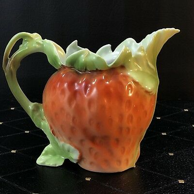 "Vtg Royal Bayreuth 4.75"" Strawberry Figural Milk Pitcher"