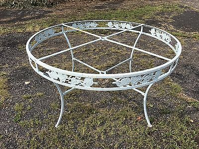Vintage Salterni Wrought Iron Round Patio Table