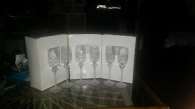 Lot Set 2 Avon Hummingbird Collection Champagne Flutes